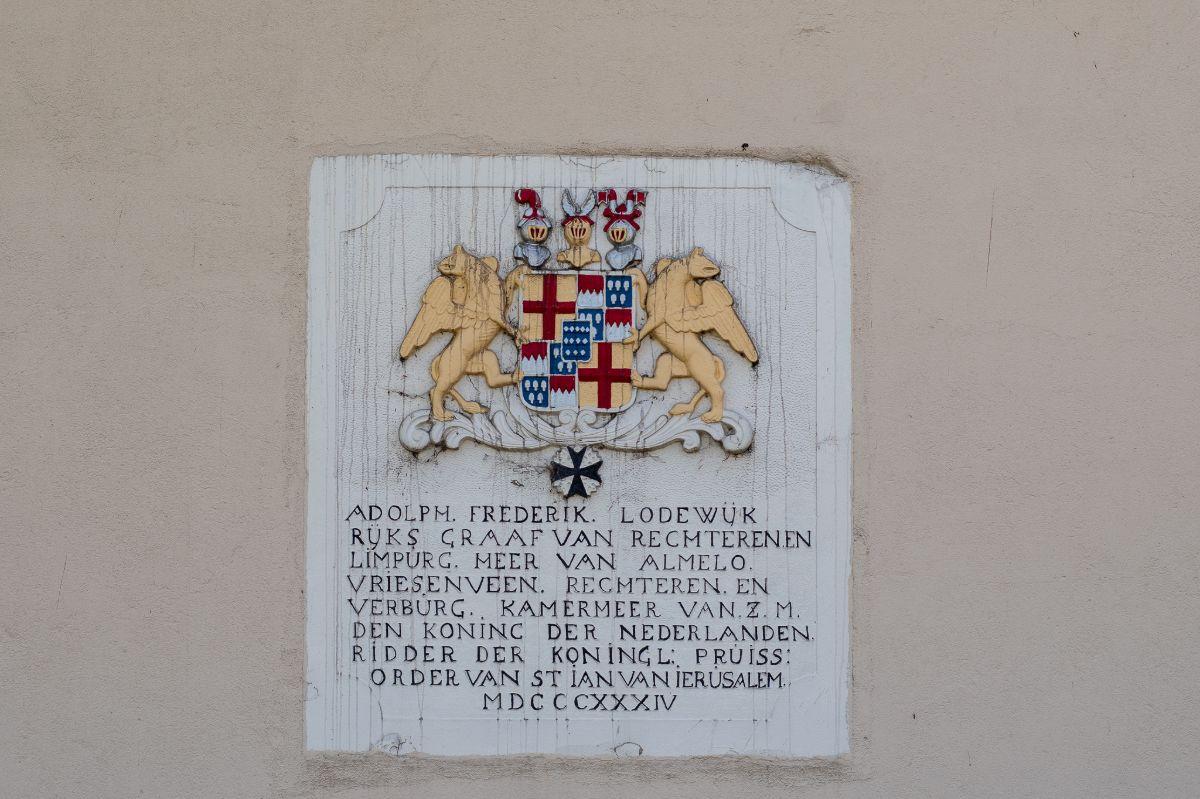 Plaquette bij Huize Almelo