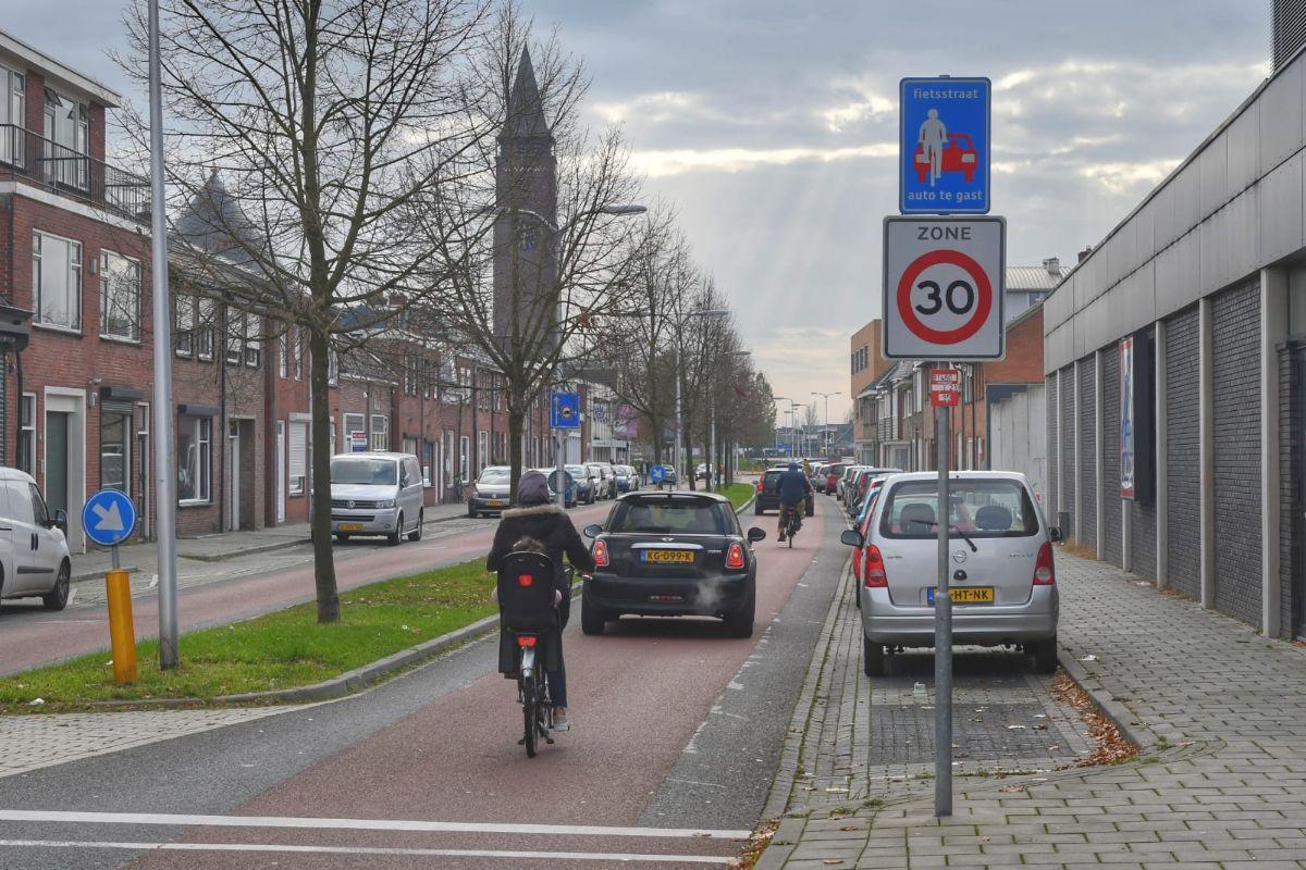 Fietsstraat Bornerbroeksestraat Almelo