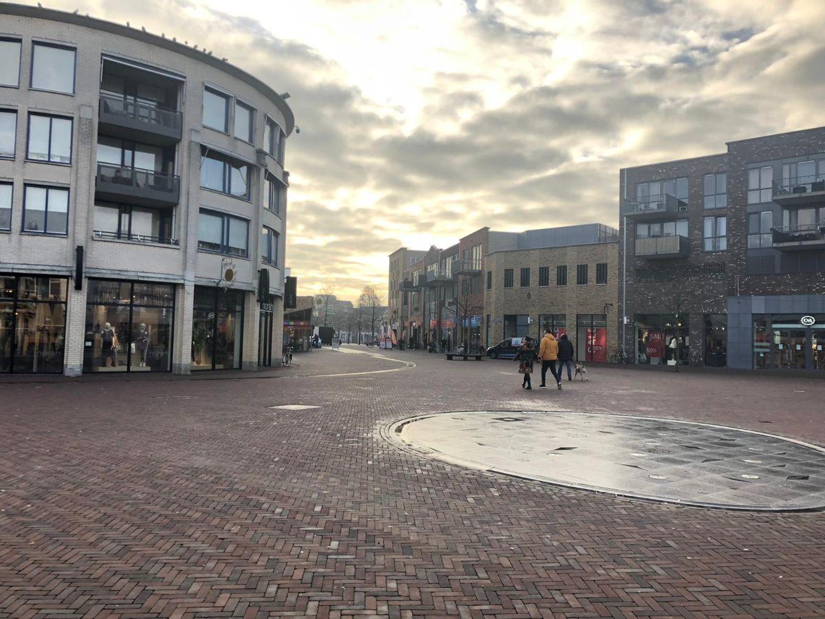 Marktplein Almelo verlaten in coronatijd