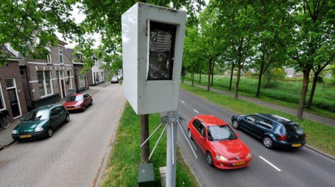 Flitspaal Wierdensestraat Almelo