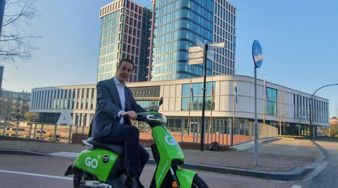 Go Sharing deelscooters in Almelo