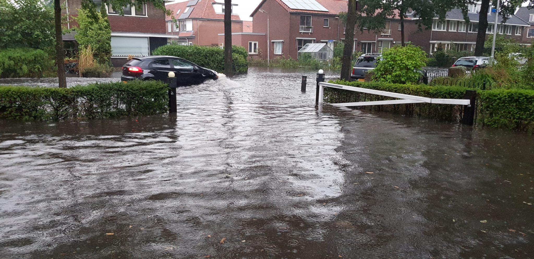 Wateroverlast door regen in Amersfoort