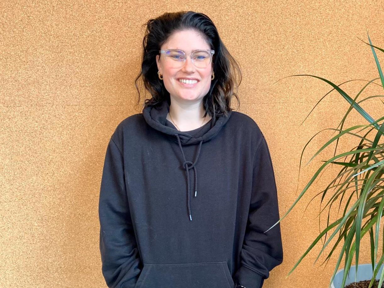 Julia Visser werkt in de zorg. Foto: Ingelise de Vries