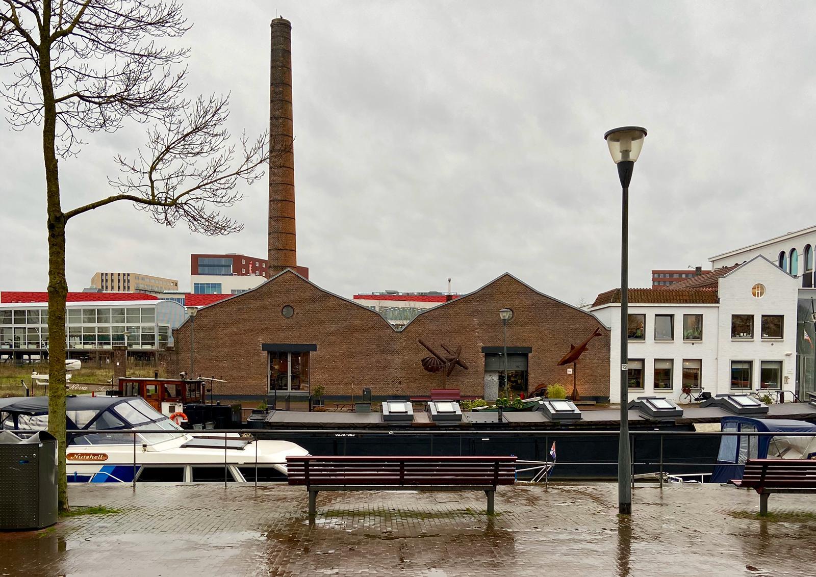 Er liggen altijd boten in de Eemhaven. Foto: Ingelise de Vries