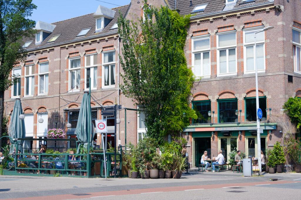 eerste van swindenstraat dapperbuurt amsterdam oost bar botanique terras