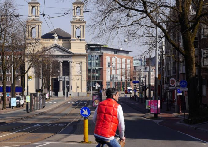 Mozes en Aäronkerk waterlooplein amsterdam