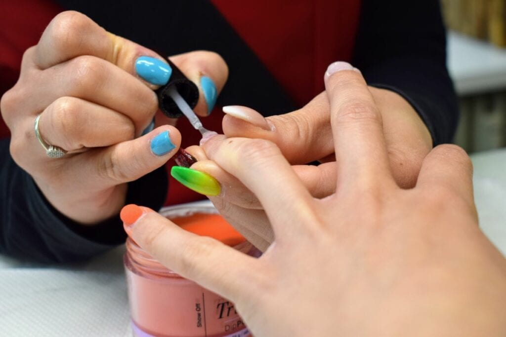 ShinyQ spa pedicure en dipping nails