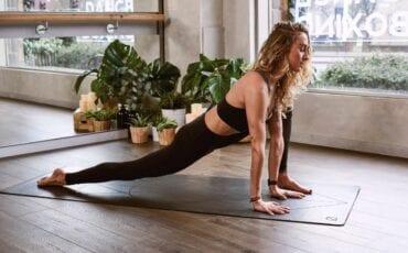 Yoga unsplash