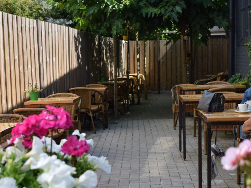 Binnentuin Apeldoorns Koffiehuys (1)