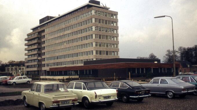 Stadskantoor Badhuisweg 1974