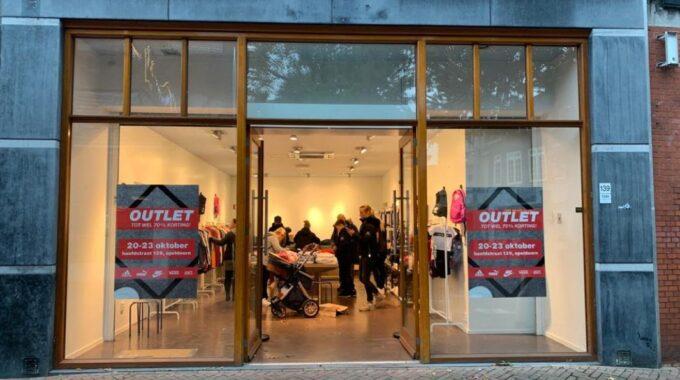 outlet sneakers hoofdstraat 139 apeldoorn