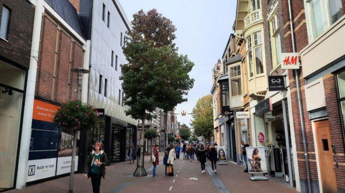 Apeldoorn-hoofdstraat-herfst (1)