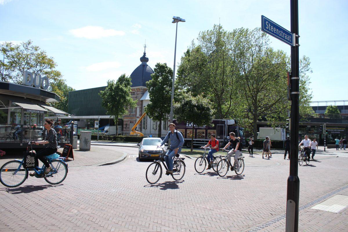 shared space arnhem steenstraat fietsen verkeer