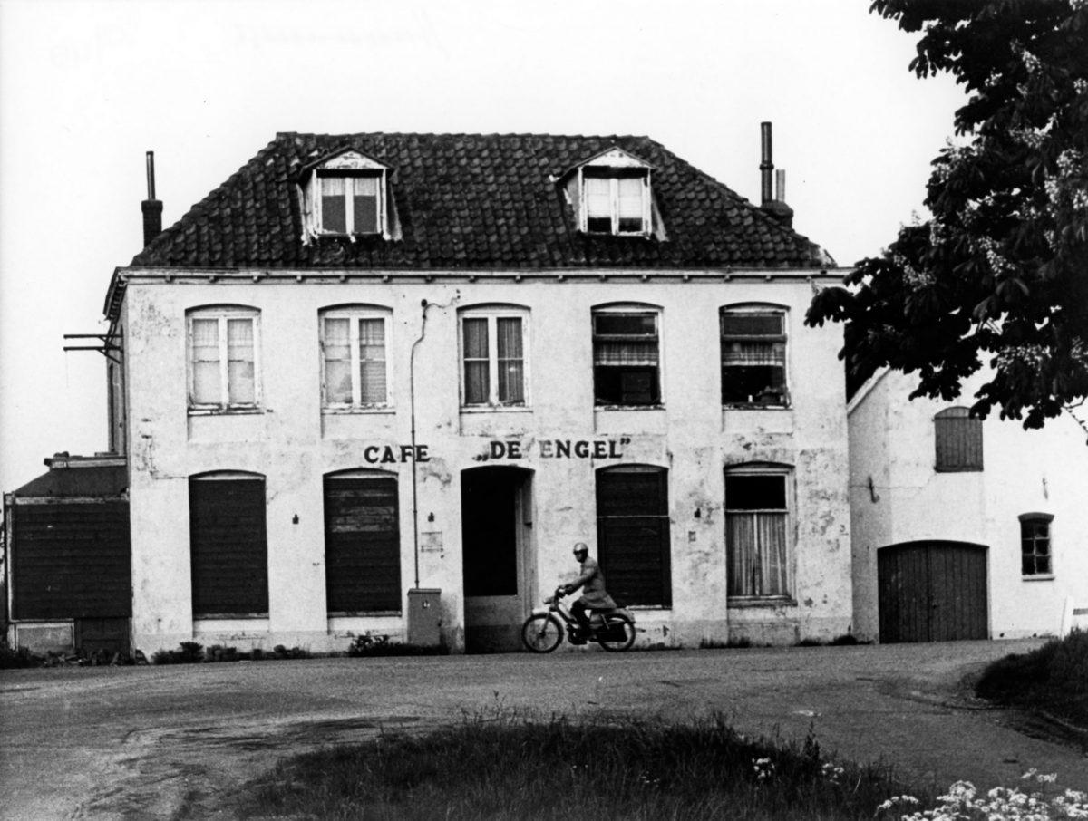 oude cafes in arnhem