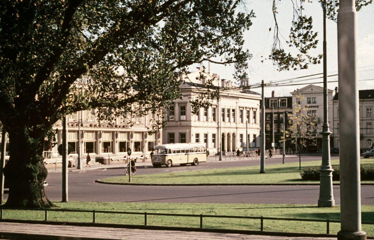 Vroeger versus nu: zo zag het Willemsplein er door de jaren heen uit - indebuurt
