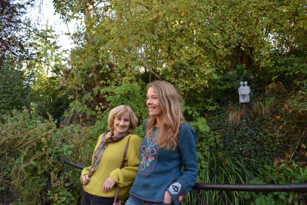 Eva en Marike Spijkerbed