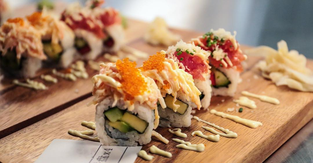 Miyagi begint een sushi abonnement