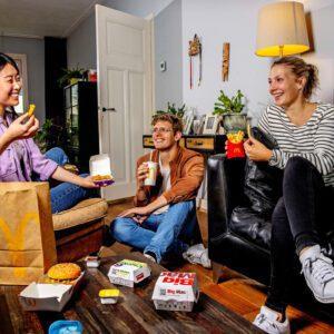 Via McDelivery zijn jouw favoriete McDonald's gerechten in no time thuisbezorgd