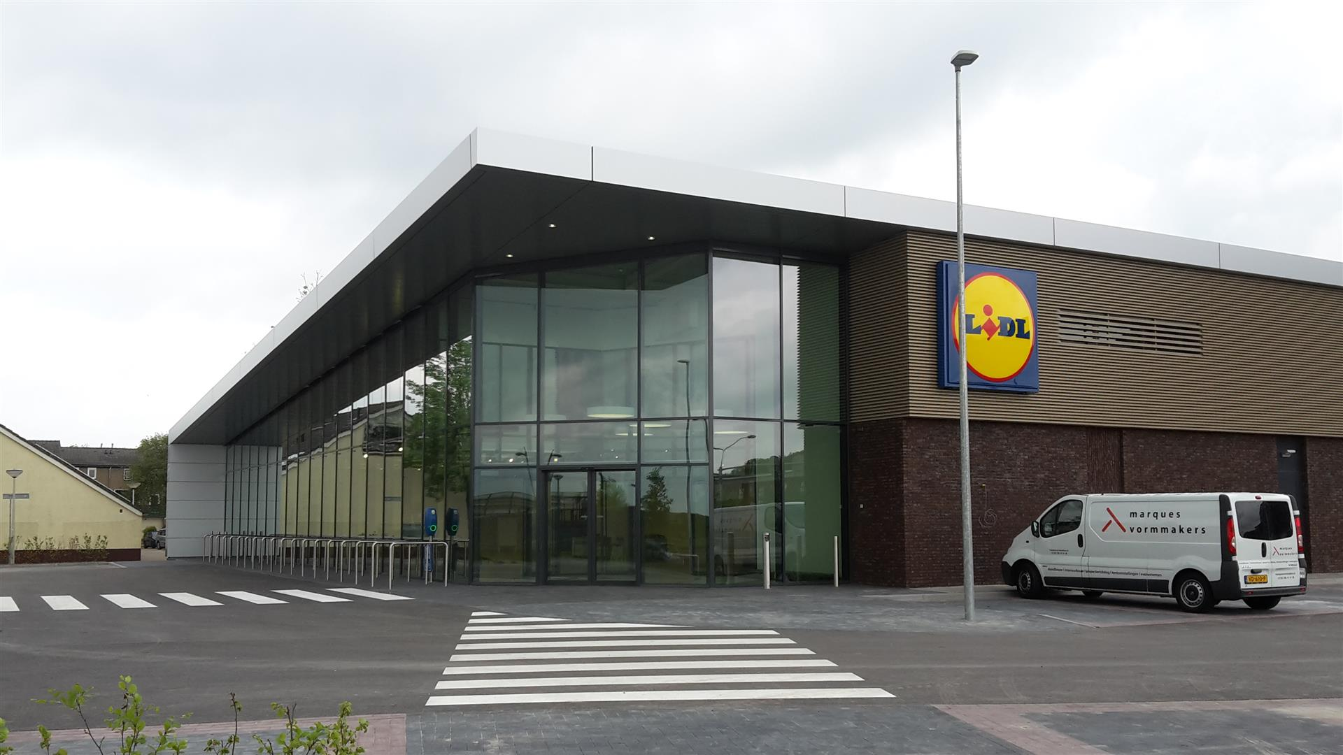 Openingstijden supermarkten hemelvaart Laan van Borgvliet lidl bergen op zoom