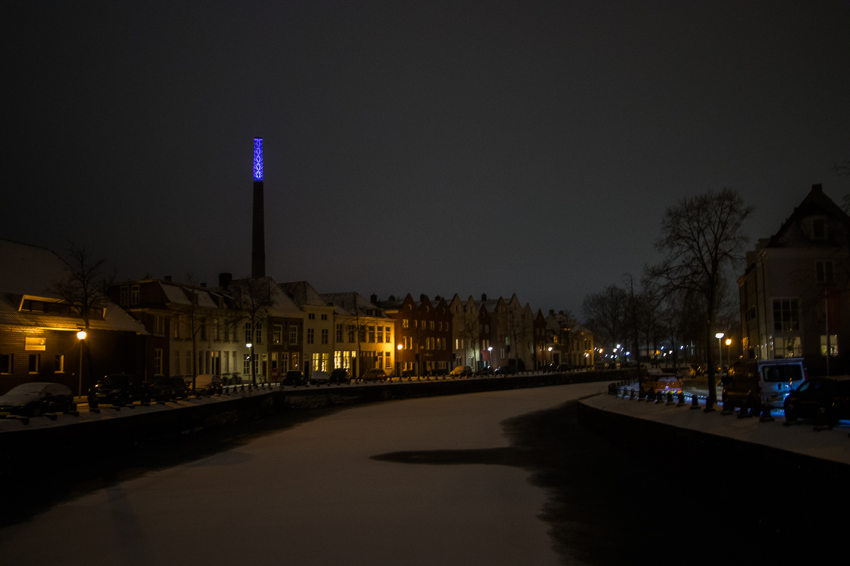 sneeuw avond kaai spiritustoren