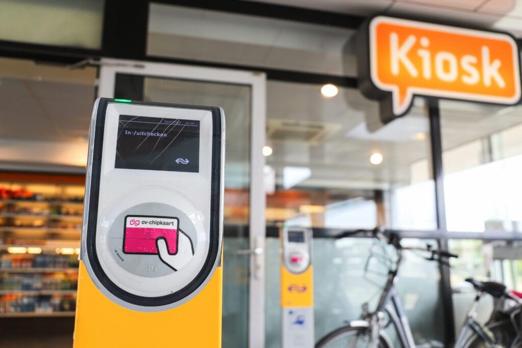 Trein Station (6) kaartjesautomaat tickets ns ov chipkaart