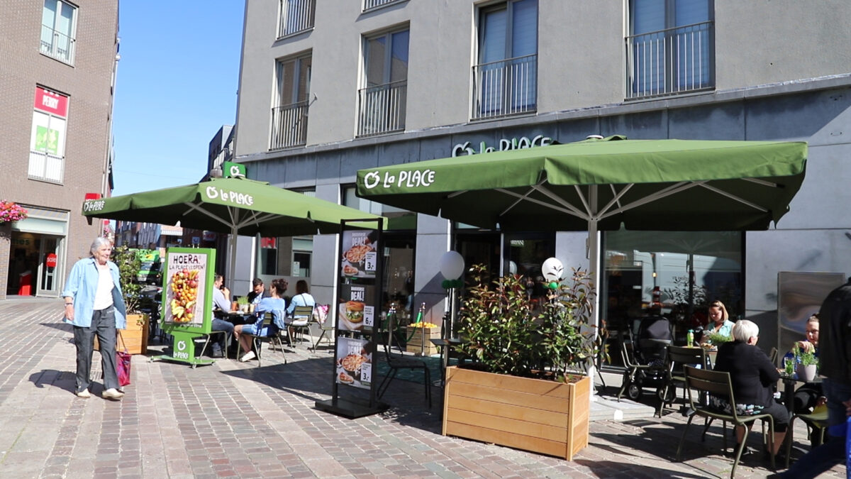 opening La Place in Bergen op Zoom