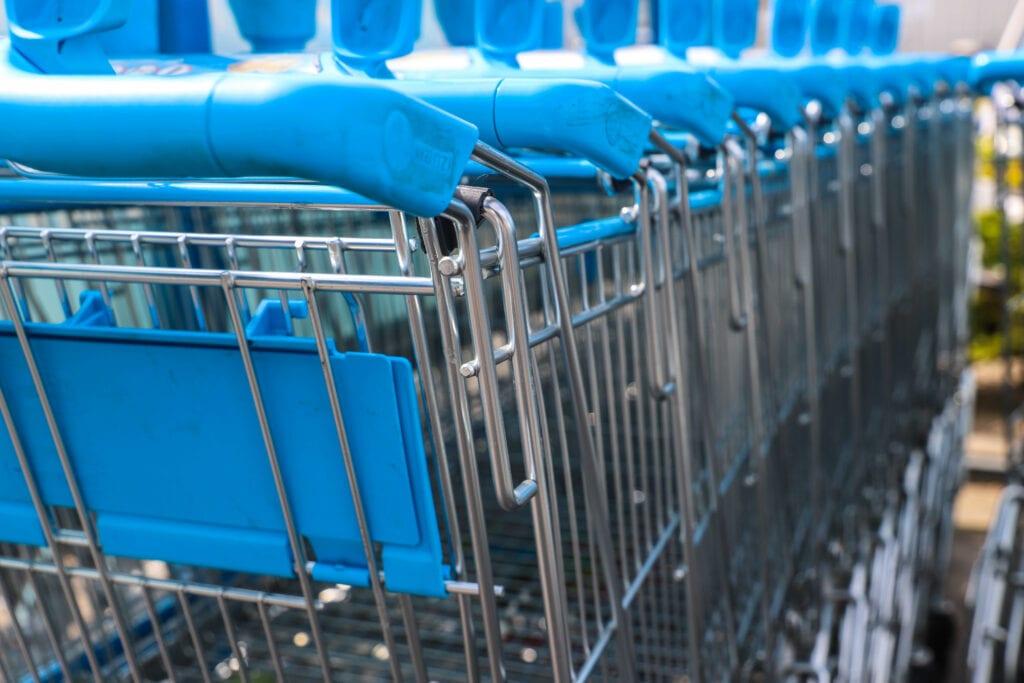 Winkelwagen supermarkt boodschappen