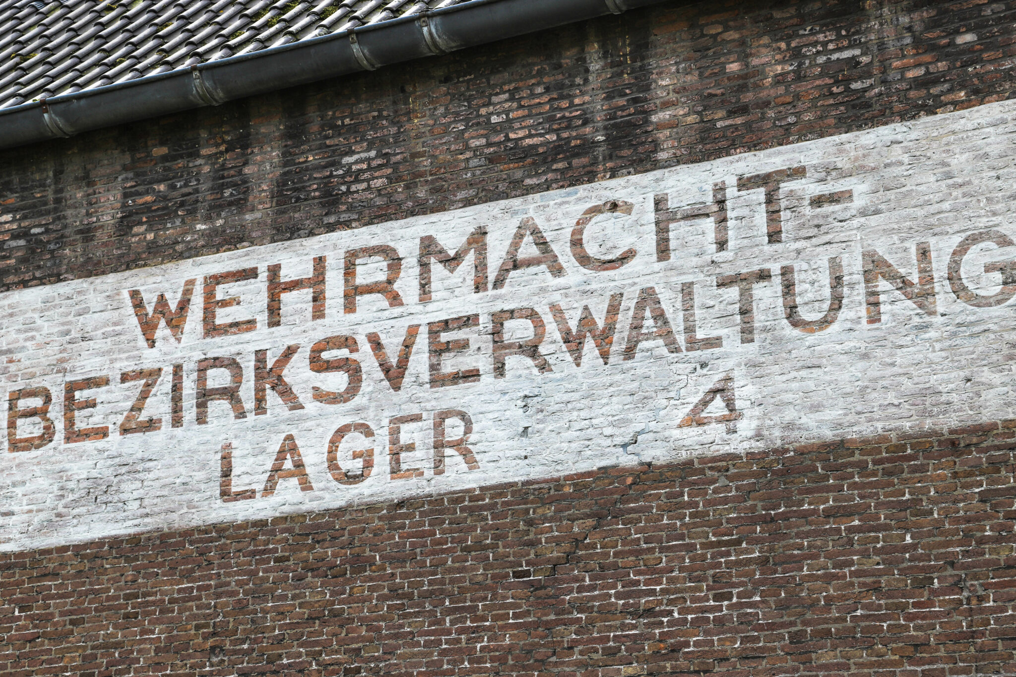 klein arsenaal tekst oorlog bergen op zoom Duits gebouw (3) klein arsenaal