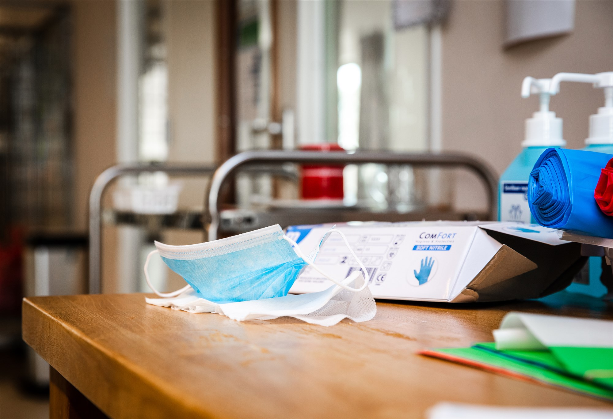 mondkapjes mondkapje handschoenen desinfectie