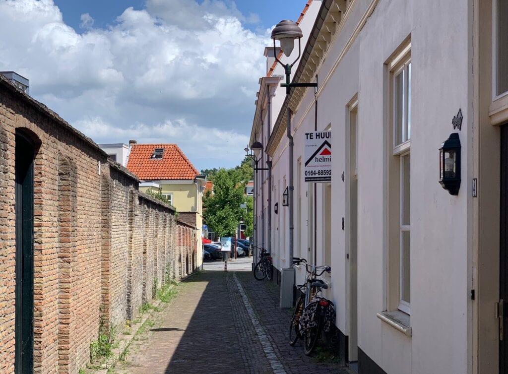 Huis met te koop bord Bergen op Zoom