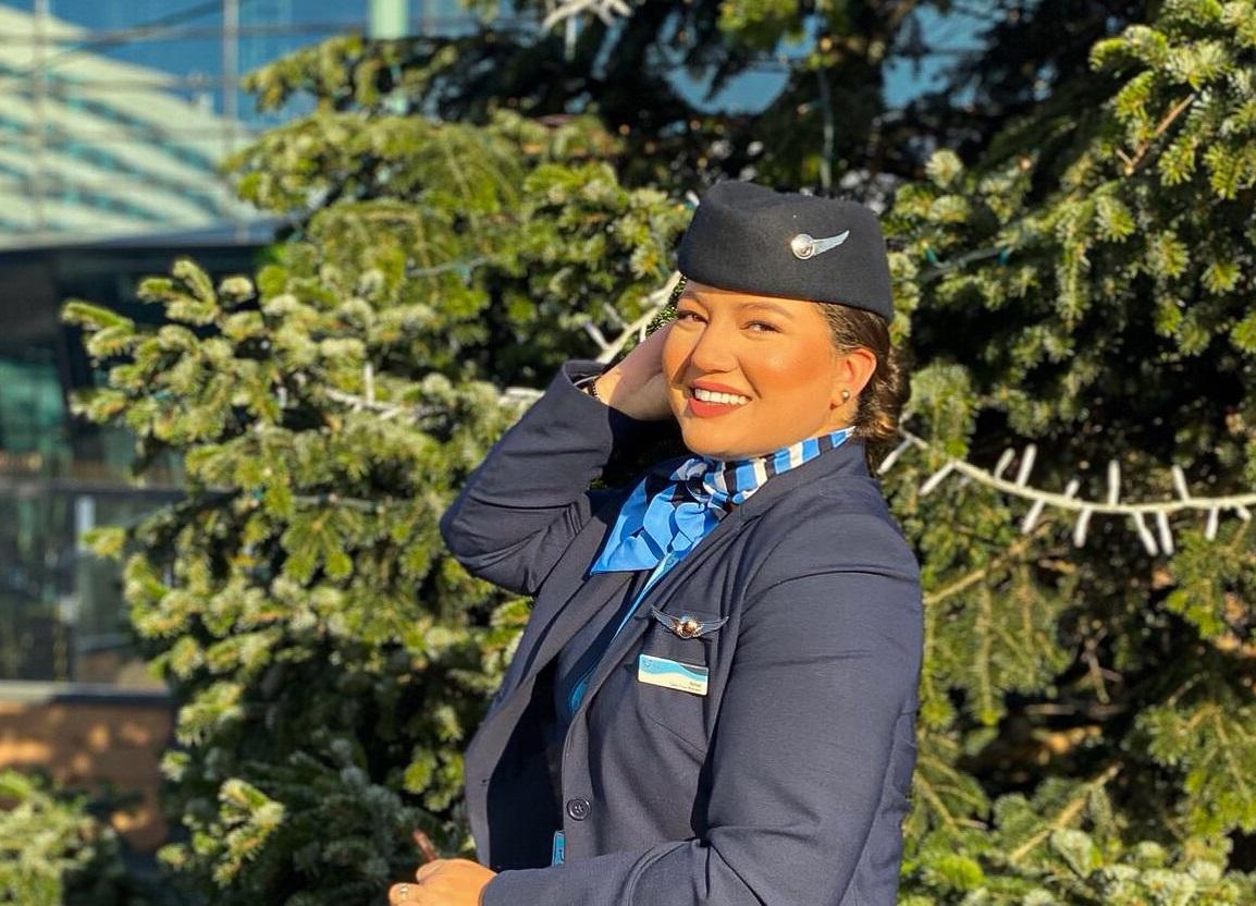 stewardess Amal Oulad