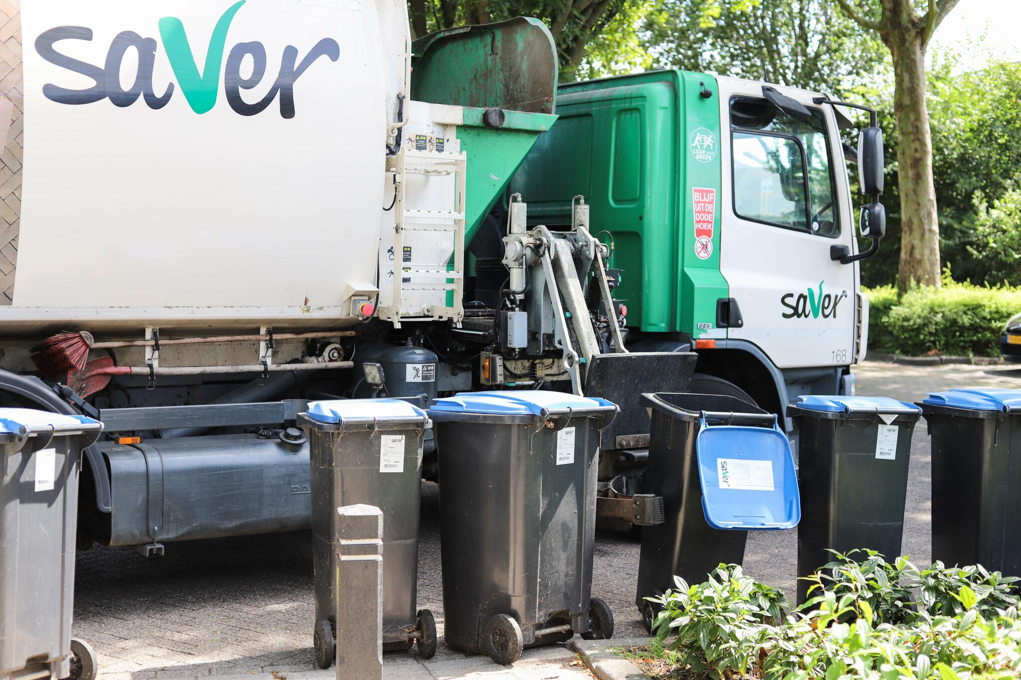 verhuizen naar bergen op zoom vuilnisbak container kliko papierbak papier blauwe bak afval oud papier saver vuilniswagen
