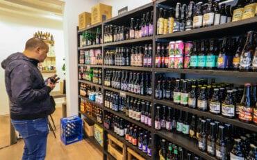 wout van der plas de bierwinkel man bier speciaalbier