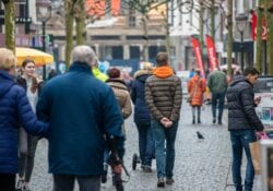sint josephstraat winkelen winkelende mensen drukte shoppen winkelstraat december winter