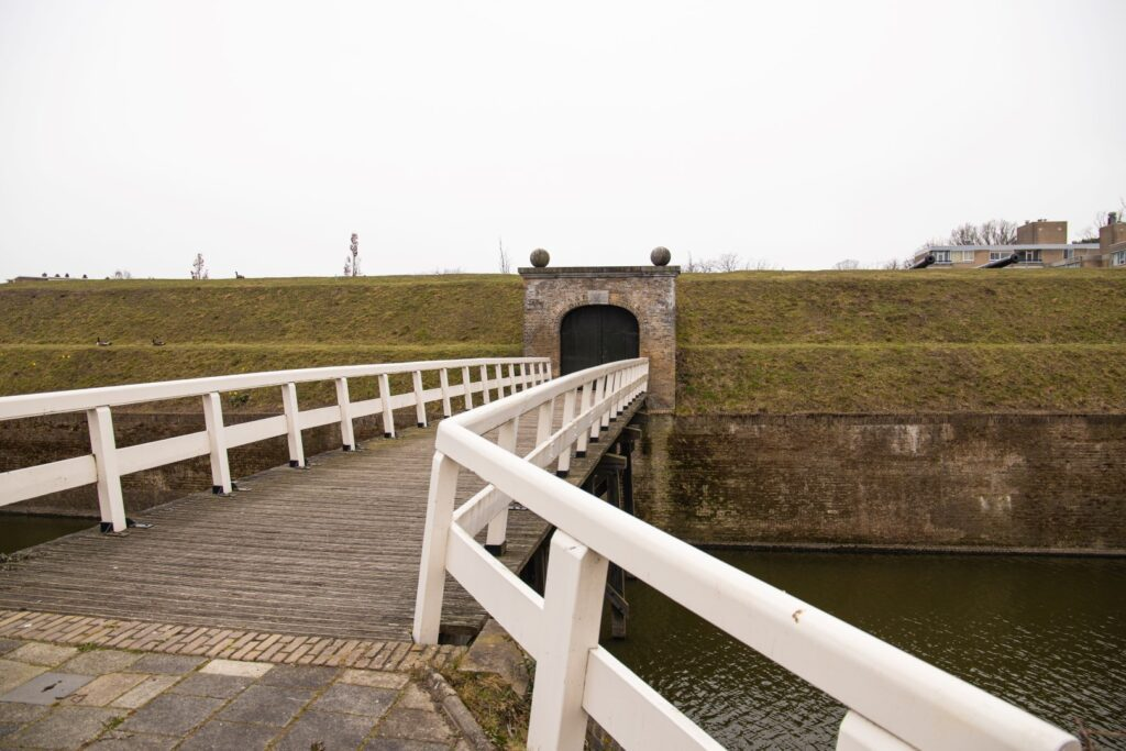 ravelijn op den zoom zuidwaterline bescherming oorlog vestingwerken vestingbouw vesting brug