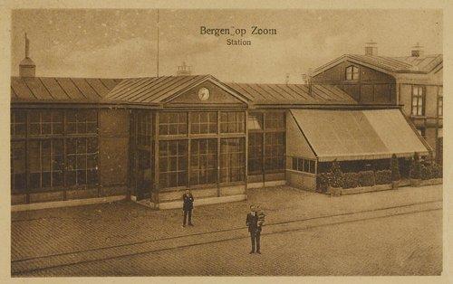 trein station treinstation NS bergen op zoom oude station
