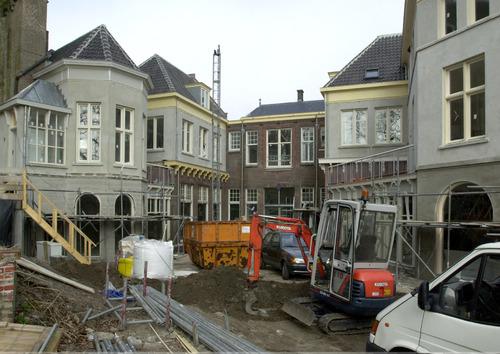 Bergen op Zoom: Nieuwbouw appartementen achter het voormalige postkantoor met het Paradeplan