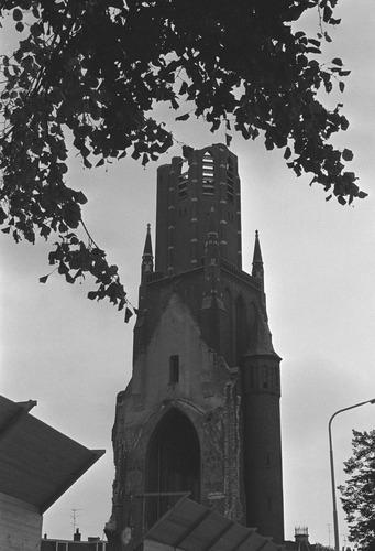 Bergen op Zoom: Afbraak St. Josephkerk