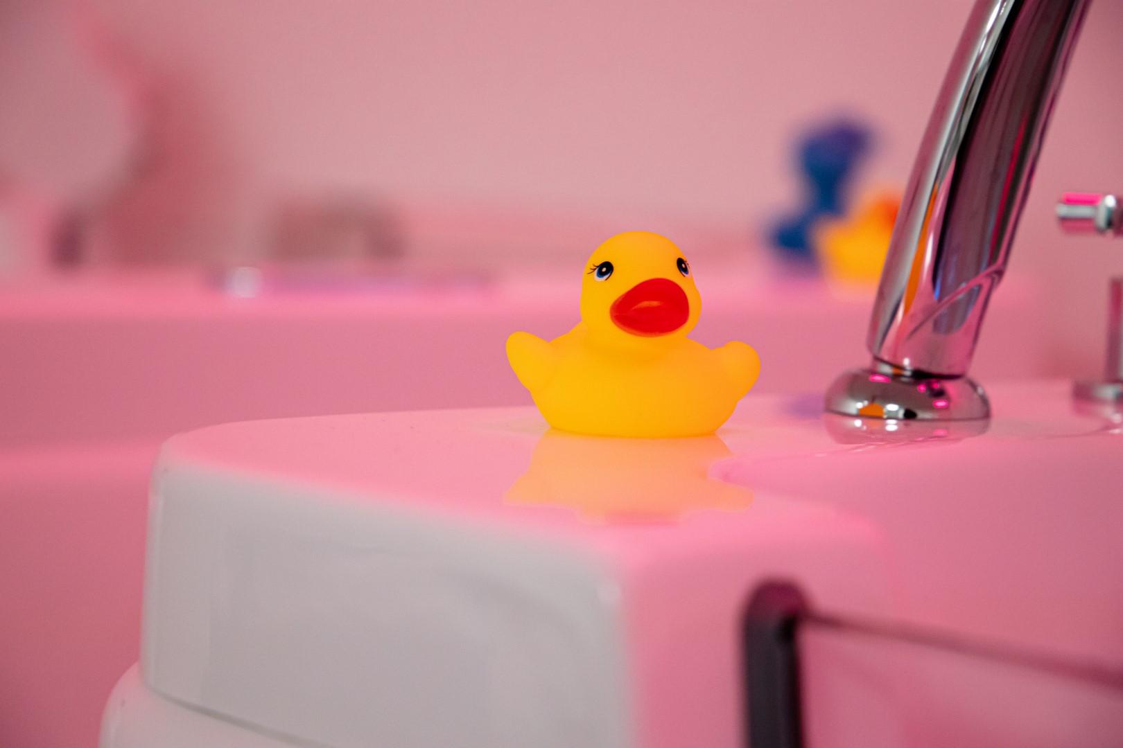 dreams baby spa & massage water dreamsbabyspa wellness eend duck