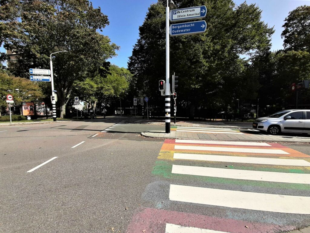regenboogzebrapad officieel officiële officiele  zebrapad  gouda