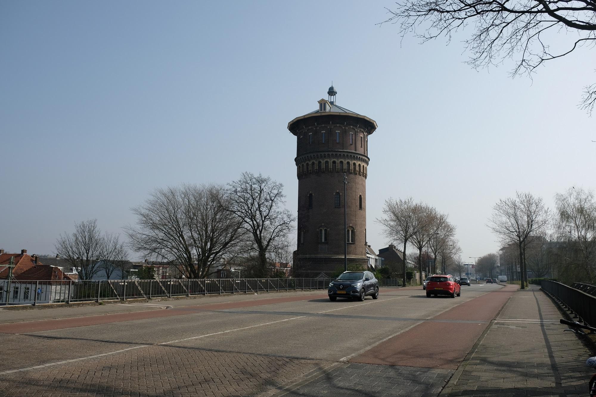 john f. kennedy viaduct watertoren vacatures in Bergen op Zoom