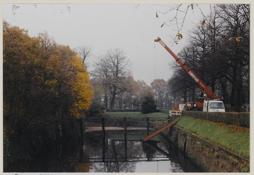 pielekeswater ravelijn brug bergen op zoom kraan kraanwagen vervangen vernieuwen 1998