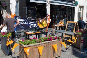 koningsdag 2021 kingsday woningsdag oranje 27 april vlag stads burger