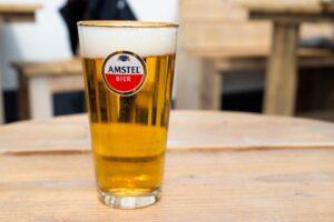 t slik schorre cafe terras terrassen horeca bier amstel