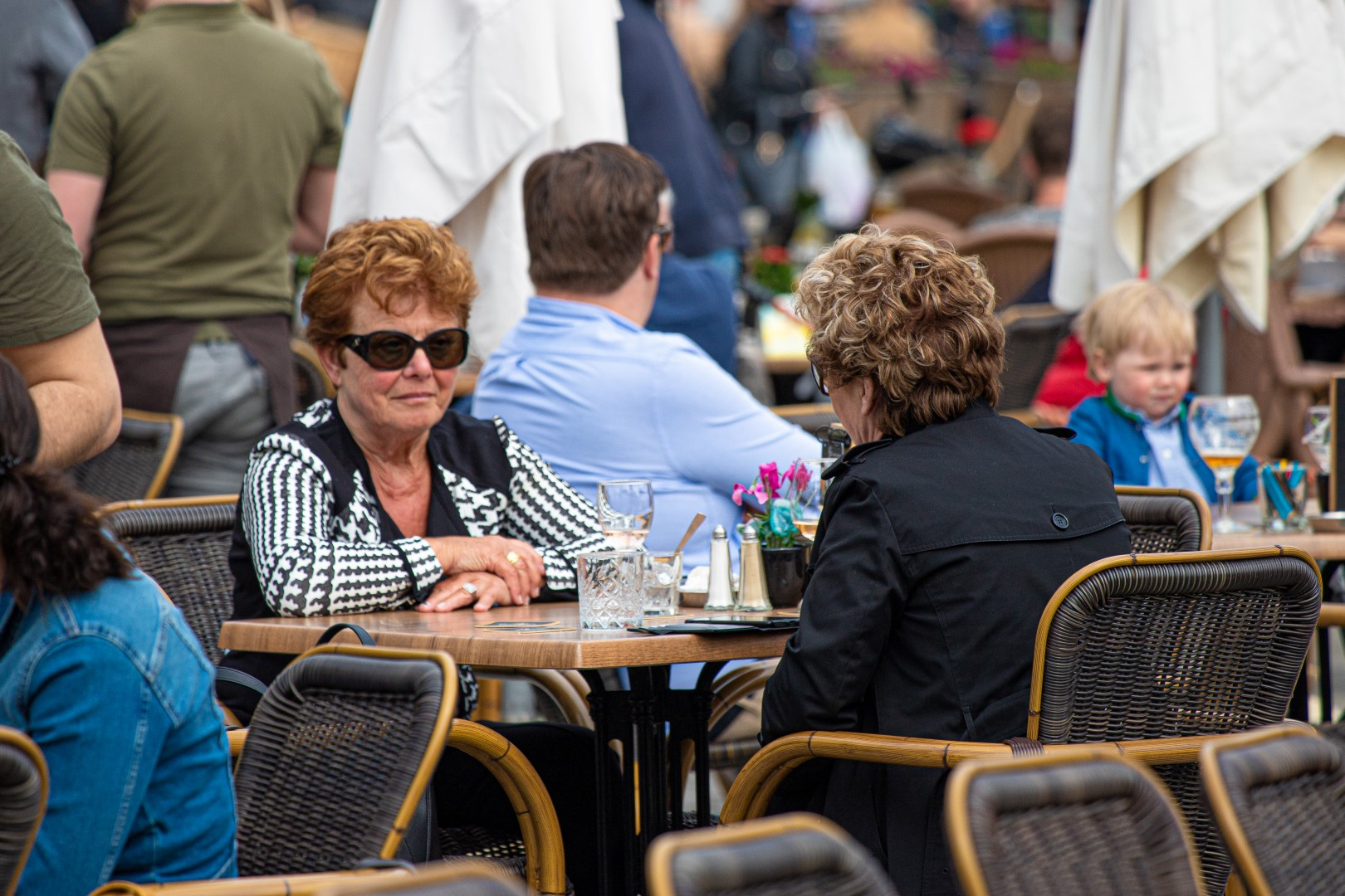 bourgondier cafe terras terrassen horeca bier