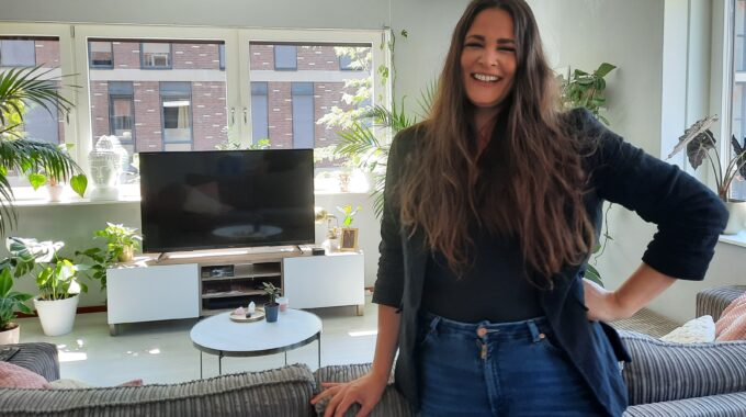 Melissa Aarsse in haar huis
