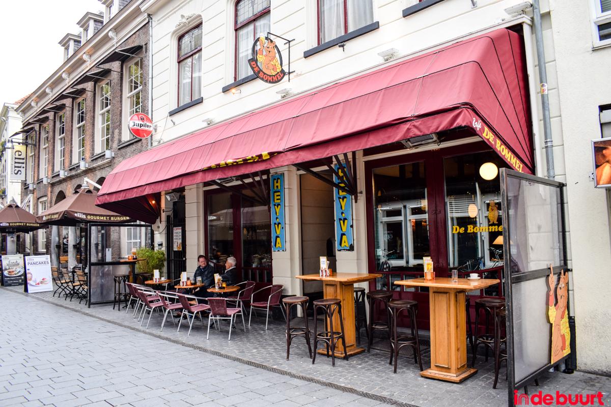 Café De Bommel