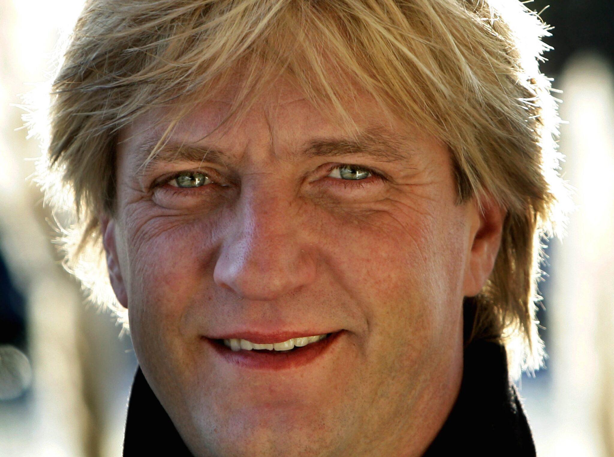 Ex Profvoetballer Voetbalanalist En Televisiebekendheid Ontmoet Wim Kieft Op Vaderdag Indebuurt Breda