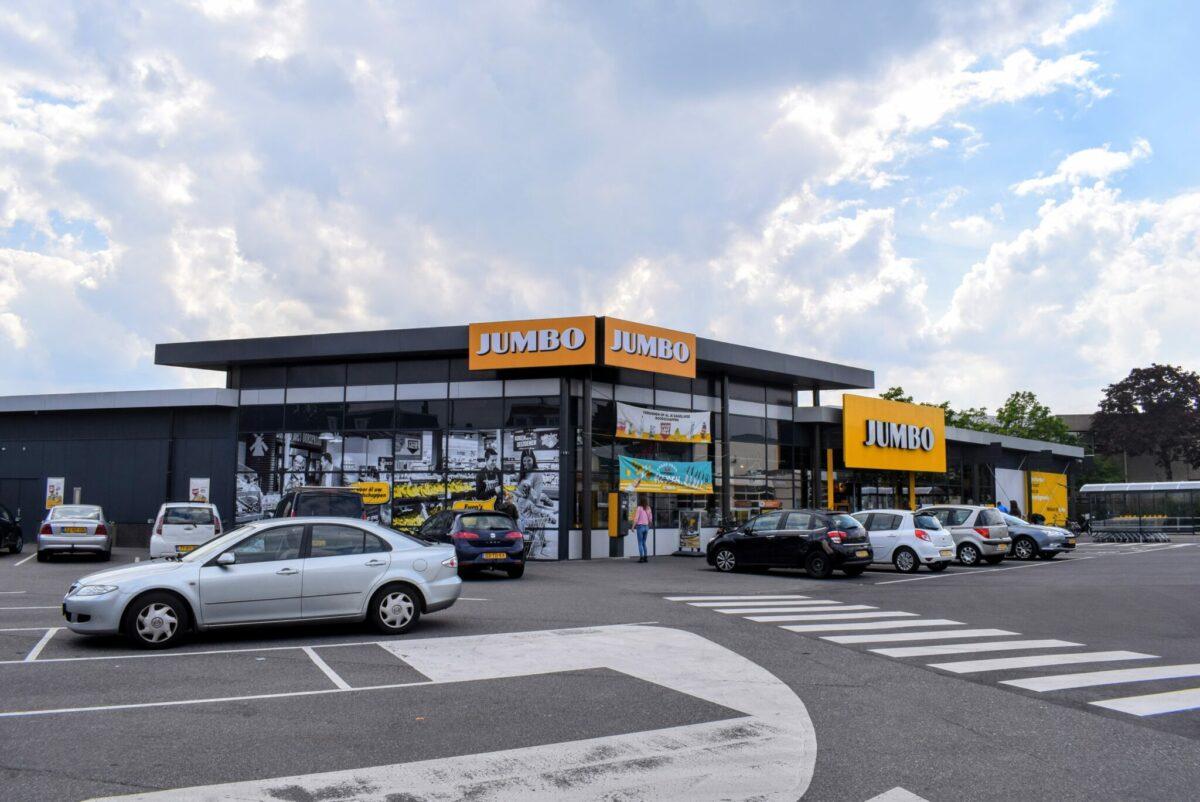 supermarkten koningsdag pasen breda