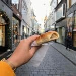 worstenbroodje in de binnenstad